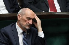 Antoni Macierewicz i jego podkomisja zostali pominięci przez prokuraturę.