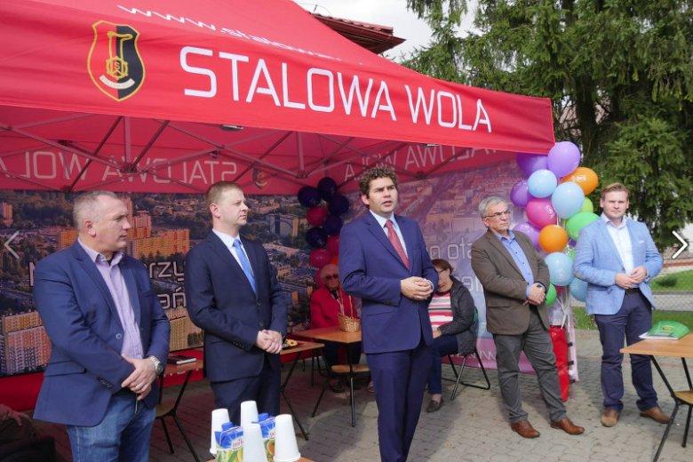Prezydent Stalowej Woli dofinansuje wyjazd środowisk patriotycznych na Marsz Niepodległości w Warszawie.