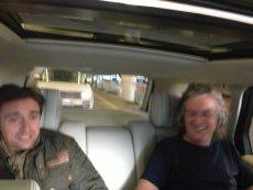 """Jeremy Clarkson, Richard Hammond i James May już w sobotę poprowadzą show """"Top Gear Live"""" na Stadionie Narodowym."""