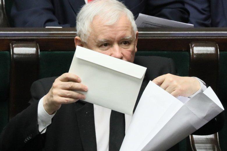 Jarosław Kaczyński pozywa posłów PO zadających pytania ws. Srebrnej.
