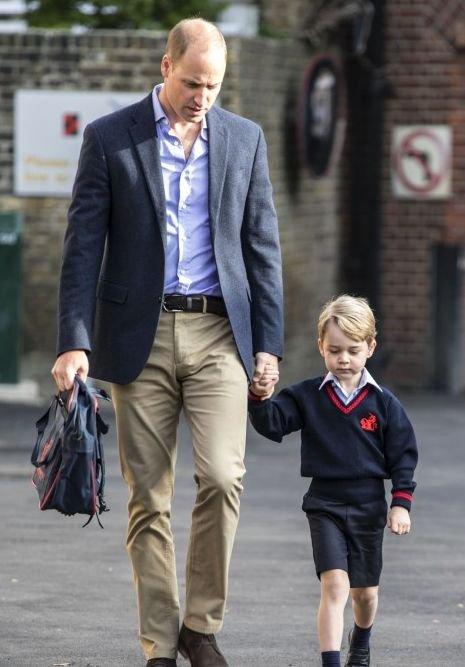 Książę George idzie do szkoły! 4-letni syn księcia Williama i Kate Middleton, 7 września 2017 roku przeżył swój pierwszy dzień w szkole.