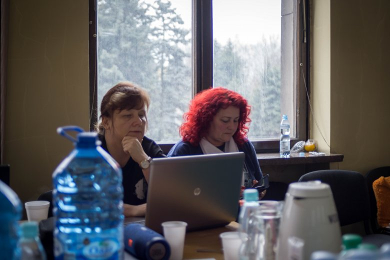 Od lewej Monika Ćwiklińska oraz Ewa Sroka.