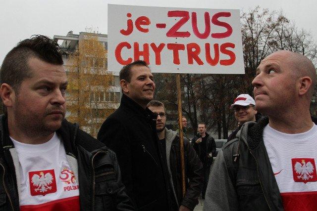 Manifestacja przedsiębiorców przeciwko składkom ZUS.