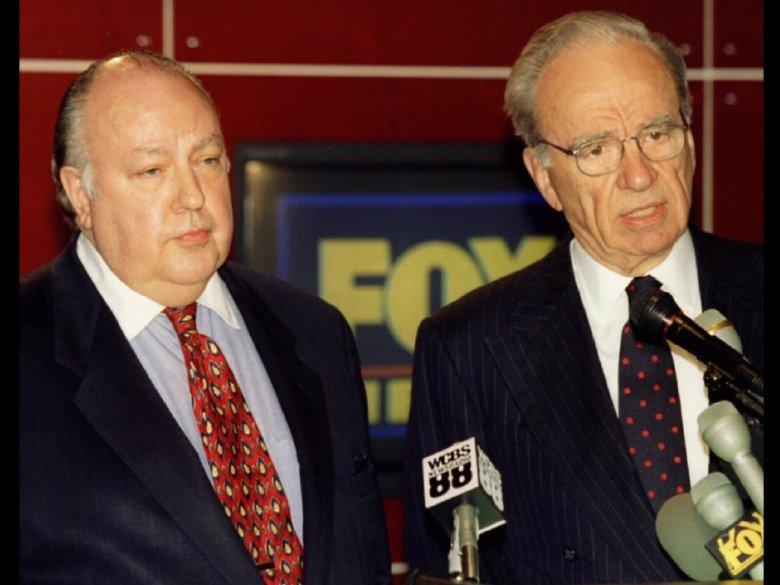 Roger Ailes i Rupert Murdoch w 1996 roku. Zjęcie z konferencji, na której ogłosili utworzenie Fox News Channel