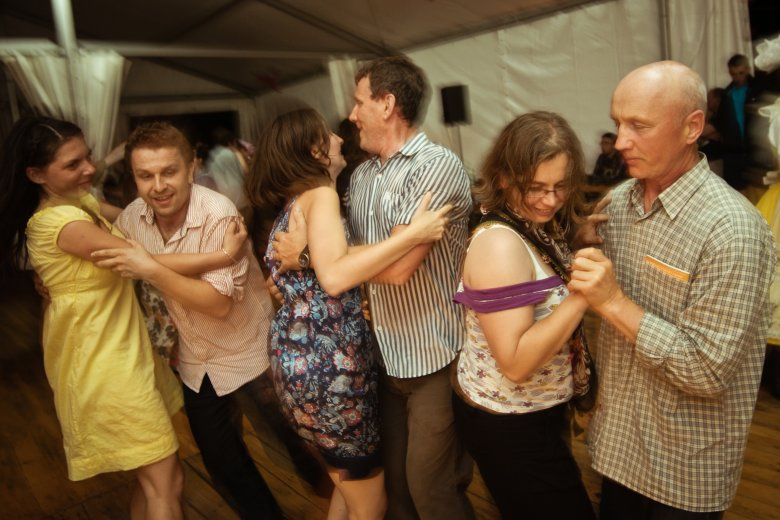 tańce w klubie Tyndyryndy