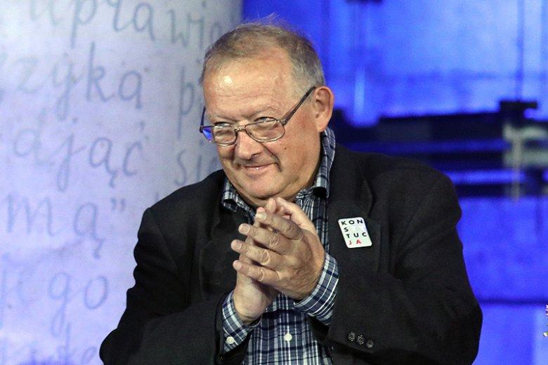 """Adam Michnik podczas rozdania nagród Nike podsumował """"dobrą zmianę""""."""