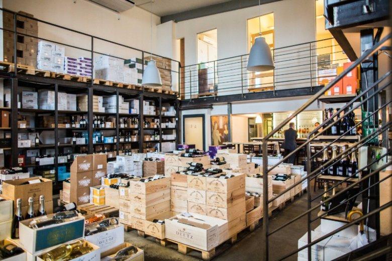 Wnętrze sklepu Mielżyński Wine&Spirit