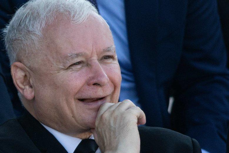 """Prokuratura odmówiła wszczęcia śledztwa ws. """"wież Kaczyńskiego""""."""