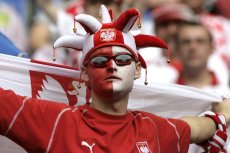 Polscy kibice liczą, że po raz pierwszy od 1974 roku nasza reprezentacja wygra swój pierwszy mecz w turnieju piłkarskim
