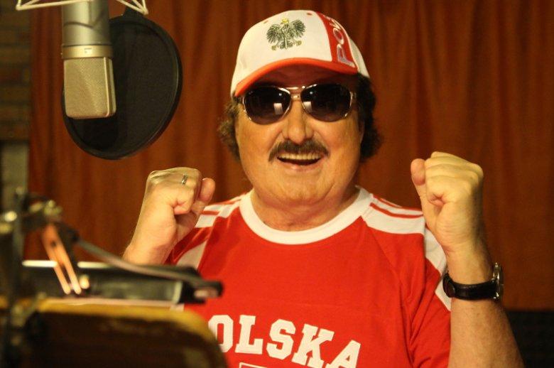 """Album """"Biało-czerwoni przeboje kibica"""" Krzysztofa Krawczyka miał swoją premierę 8 czerwca."""