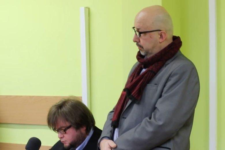 Radny Marek Brzeziński został ukarany grzywną za swój atak pizzą.