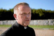Ks. Wojciech Lemański nie ma pieniędzy na kosztowny proces w Watykanie.