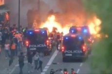 Protesty w Barcelonie trwają już niemal tydzień. Sytuacja na ulicach zaostrza się
