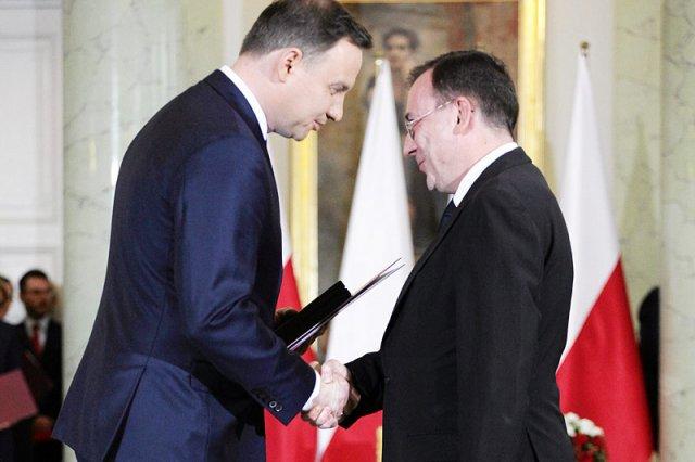 Prezydent Andrzej Duda nie pozwoliłby wyrok 3 lat pozbawienia wolności spędzał sen z powiek wiceprezesa jego partii.