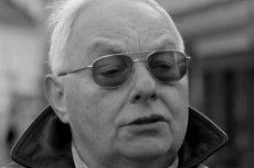 """Cezary Mocek zmarł w wieku 67 lat. Był uczestnikiem """"Sanatorium miłości""""."""