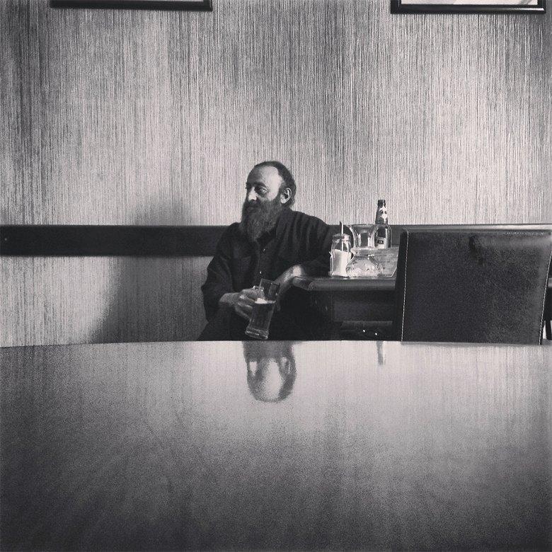 I miejsce Prawosławny pop w gorący dzień na piwie. Kutaisi 2013  fot. Jakub Tarnowski
