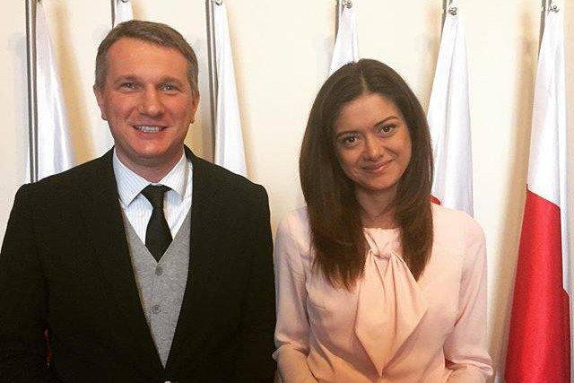 """Miriam Shaded, szefowa fundacji Estera oficjalnie startuje w wyborach. Jest """"trójką"""" na listach pratii KORWiN"""