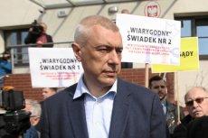 Roman Giertych dziękował w imieniu swojego klienta dziennikarzom za przybycie pod gmach szczecińskiej prokuratury. W piątek odbyło się pierwsze przesłuchanie Stanisława Gawłowskiego.