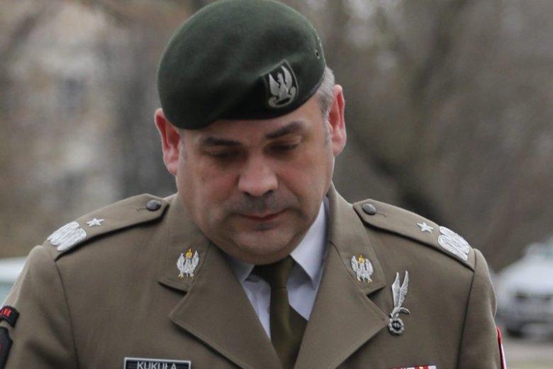 Gen. Wiesław Kukuła , dowódca Wojsk Obrony Terytorialnej złożył zawiadomienie do prokuratury. Uważa, że jego żołnierze zostali zniesławieni.
