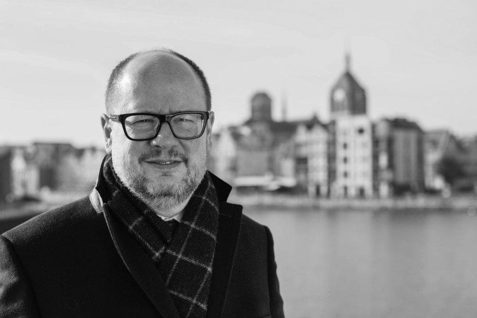 Paweł Adamowicz nie żyje. Prezydent Gdańska nie przeżył ataku nożownika.