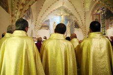 Duchowni wspominają zmarłego ks. Jana Kaczkowskiego.