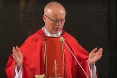 W Wielkanoc wierni zgromadzeni w Bazylice św. Krzyża w Warszawie od ks. prof. Waldemara Rakocego usłyszeli słowa, które zdawały się zamieniać mszę w wiec PiS.