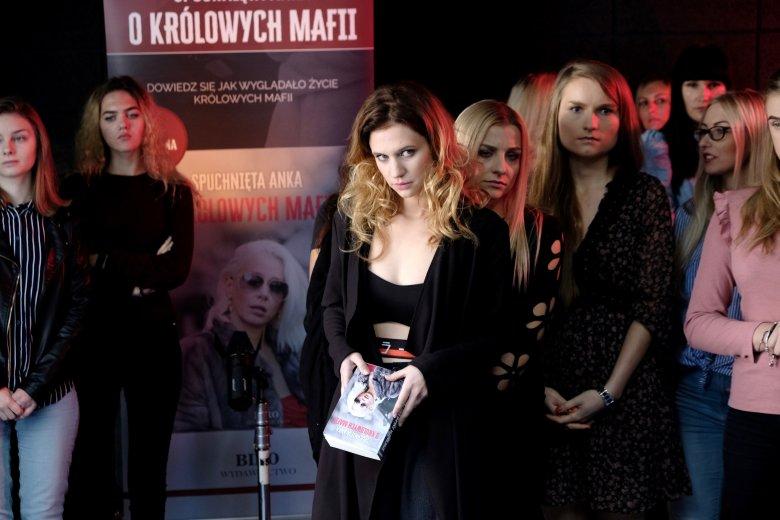 Aleksandra Grabowska debiutuje na dużym ekranie i robi to w brawurowy sposób