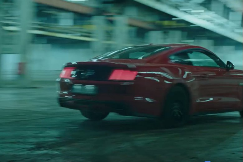 Szybkie samochody – to miłośnikom kina pewnie nigdy się nie znudzi.