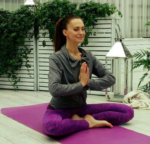 Agnieszka Maciąg prowadzi także lekcje jogi, którą praktykuje od dekady.