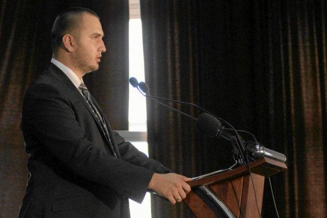 Wikileaks opublikowało prywatne facebookowe rozmowy jednego z przywódców Ruchu Narodowego – Przemysława Holochera.