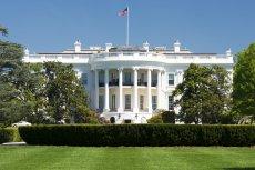 [url=http://shutr.bz/1jqOO7Y]Ameryka[/url] nie zbankrutuje. Barack Obama podpisał ustawę o podwyższeniu długu publicznego
