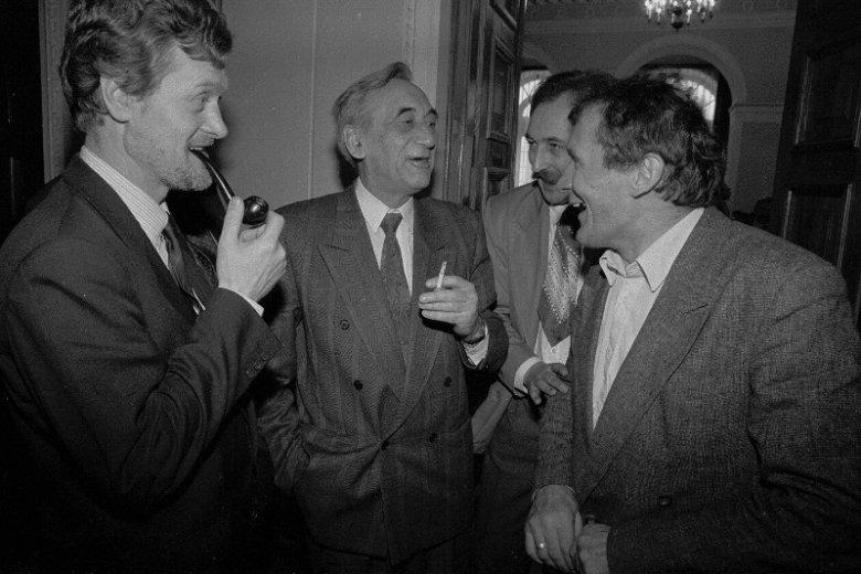 Warszawa, marzec 1992 roku. Piotr Nowina-Konopka, Tadeusz Mazowiecki, Henryk Wujec.