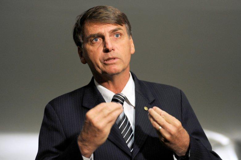 Jair Bolsonaro, skrajnie prawicowy kandydat na prezydenta Brazylii. Miliony kobiet protestują przeciwko niemu.