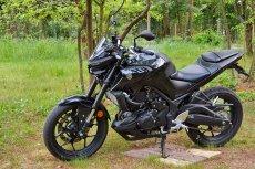 Nowoczesny wygląd i świetny silnik to największe atuty Yamahy MT-03