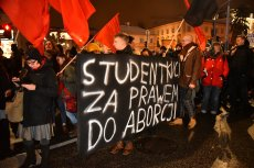 """""""Czarna Środa"""" wyraża sprzeciw w związku z ostatnimi głosowaniami w Sejmie"""