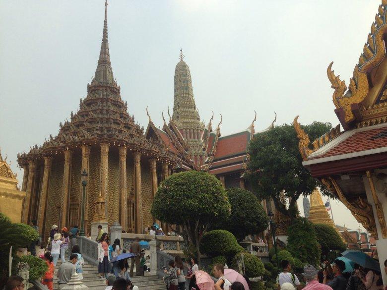 Phra Mondop- biblioteka. Kompleks świątynny Phra Kaeo. Bangkok/ Tajlandia