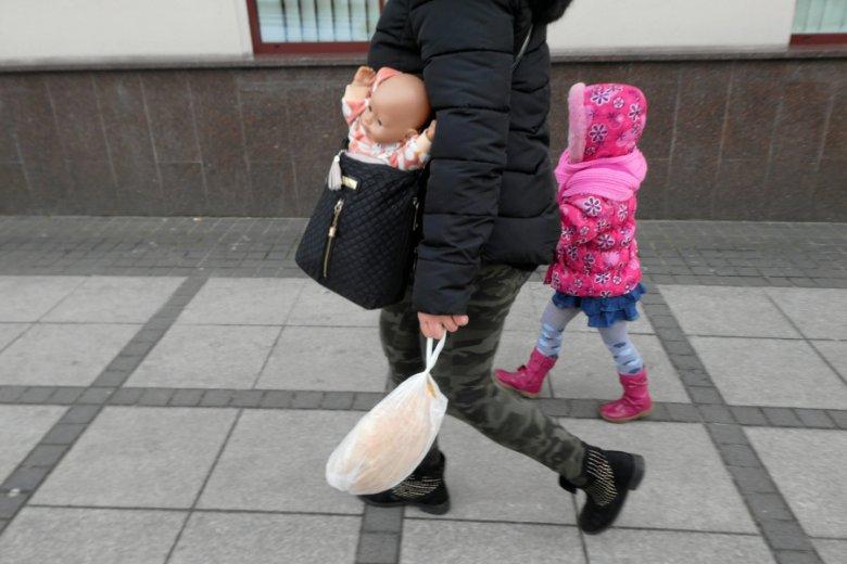 Słowa, które słyszy córka od matki, ma duży wpływ na jej dorosłość