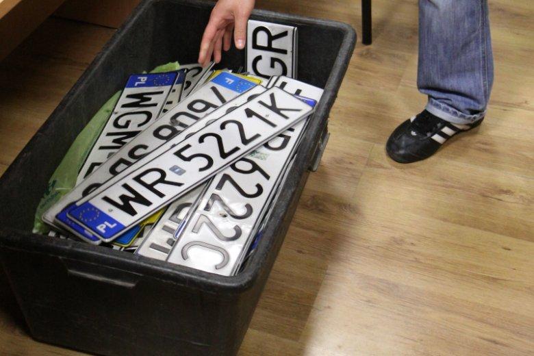 Często zastanawiamy się, z jakiego województwa pochodzi dana tablica rejestracyjna.