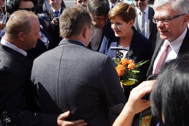 Przed wyborami Beata Szydło obiecywała pomoc górnikom z Makoszów. Teraz nie odpowiada na ich apele.
