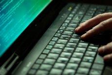 """Najgroźniejszy polski haker zatrzymany. """"Polsilver"""" szantażował bank i mógł ukraść nawet 4 mln złotych"""
