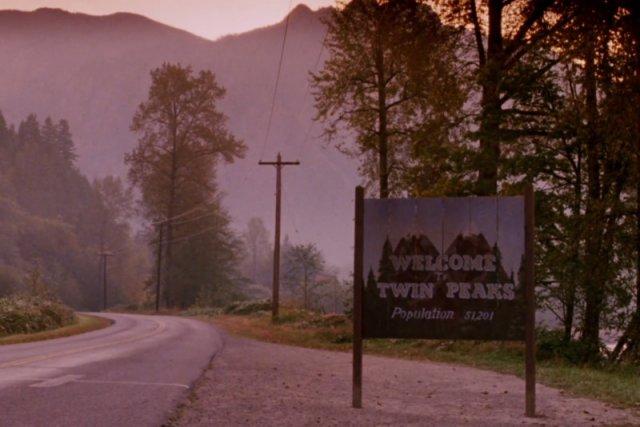 """""""Twin Peaks"""" - jedna z tych produkcji, której nieznajomość jest przyjmowana z pogardą."""