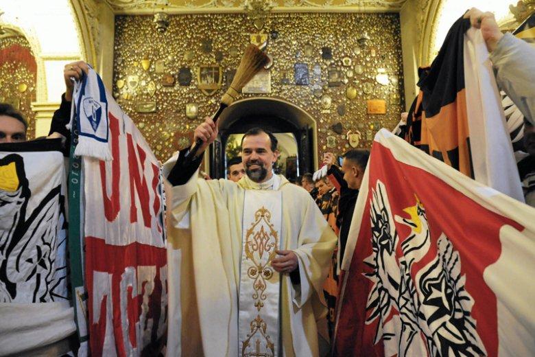 Episkopat sprowadza na ziemię tych, którzy myśleli, że prawdziwymi Polakami mogą być tylko katolicy.