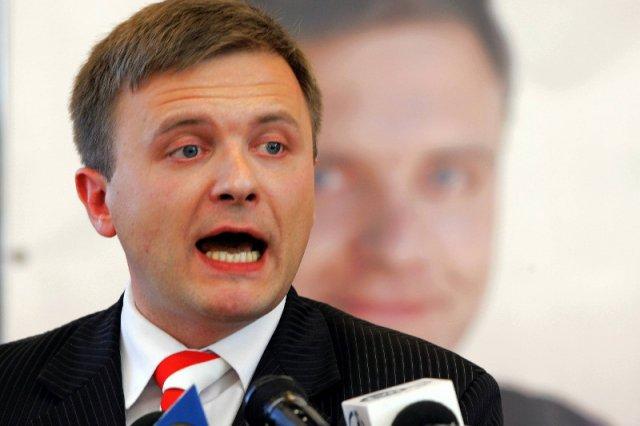 Mateusz Piskorski o wydarzeniach na Majdanie mówi podobnie, jak Władimir Putin