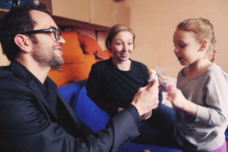 Słyszałem wcześniej wiele dobrego o Szlachetnej Paczce, ale zawsze kojarzyła mi się z pomocą na święta – mówi aktor Tomasz Kot.