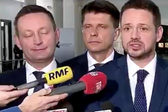 Telewizja Polska skomentowała wspólnego kandydata PO i Nowoczesnej na prezydenta Warszawy. Przeczytaliśmy o totalnej opozycji, która ratuje twarz po blamażu.