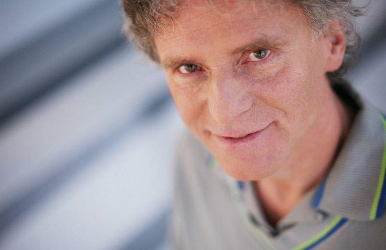 Roman Rogowiecki jest znanym dziennikarzem muzycznym