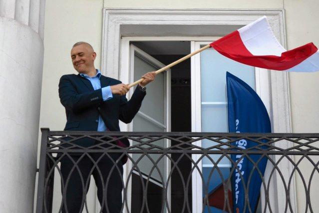"""Roman Giertych należy do grona najbardziej zaciekłych krytyków """"dobrej zmiany"""". Na zdjęciu podczas jednej z opozycyjnych demonstracji w Warszawie."""
