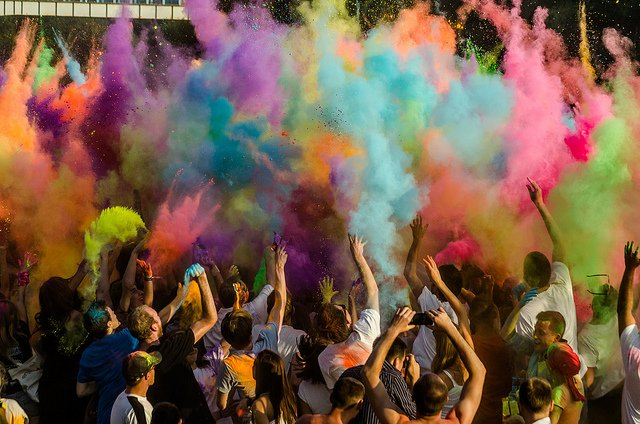 Festiwal kolorów trzy lata temu we Wrocławiu