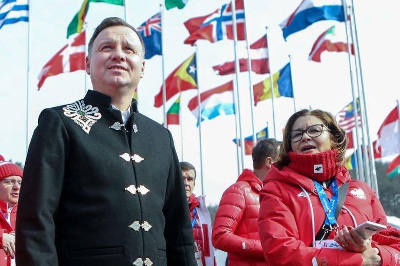 To ta sama, bądź niemal identyczna, marynarka jak ta, w której Duda pojawił się na spotkaniu z Sekretarzem generalnym ONZ