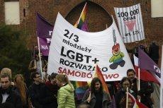 Polacy jednak są bardzo podobni do Rosjan. Przynajmniej w kwestii nienawiści wobec mniejszości seksualnych.
